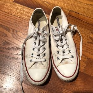 Women's Sz 9 Low Top Converse